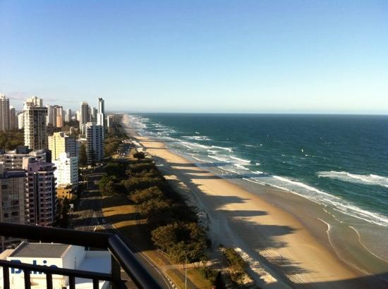 Hi Surf Beachfront Resort Apartments: view from 27th floor