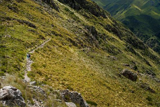 Capilla del Monte, Argentina: Vista del camino descendente