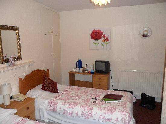 The Lambton Hounds Inn: Bedroom 2