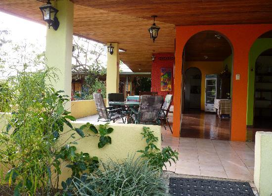 Villa Pacande Bed & Breakfast: Entrée de l'hôtel