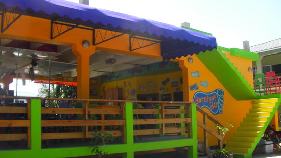 Barefoot Bar, Main Street, Placencia, Belize