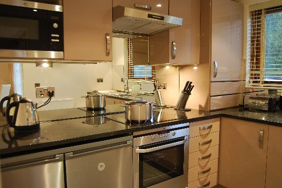 Natural Retreats West Highlands: Kitchen