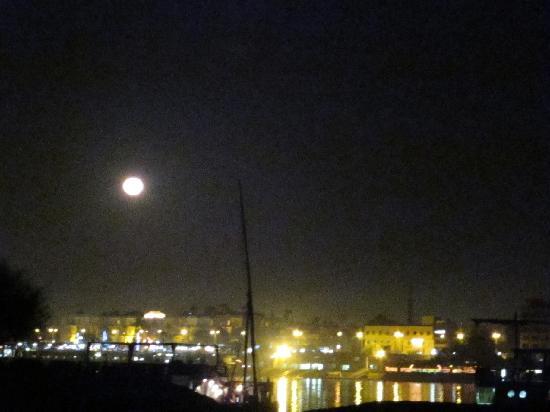 Al Salam Camp: Full Moon view to Luxor