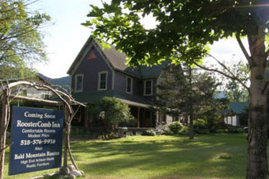RoosterComb Inn
