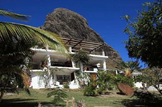 The Palms Apartments, Le Morne