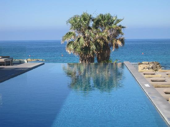 Almyra Hotel: wow - how chilled is that!