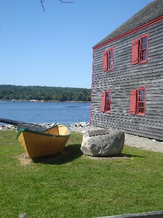Shelburne, Canada: Visit our many museums