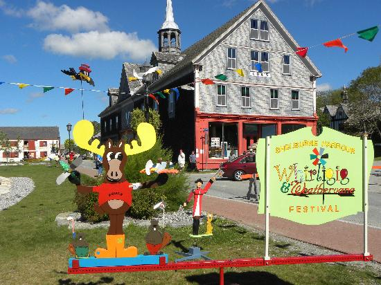 Shelburne, Καναδάς: Visit our Whirligig & Weathervane Festival