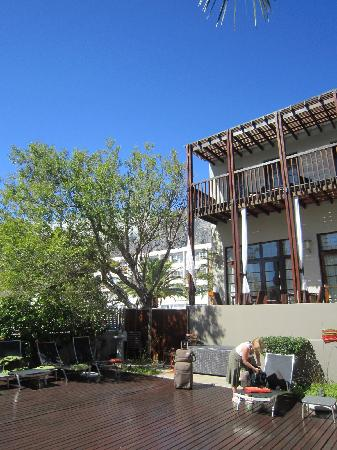 Derwent House Boutique Hotel: another view towards Table Mountain