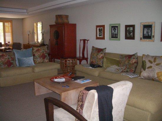 Atlantic Marina Waterfront Apartments: Inside Apartment - Penrith 002