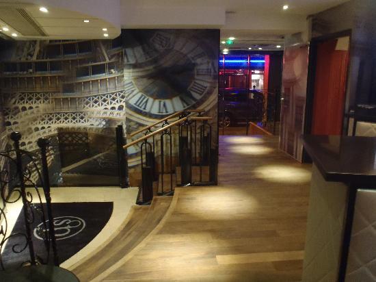 Hôtel Design Secret de Paris: lobby