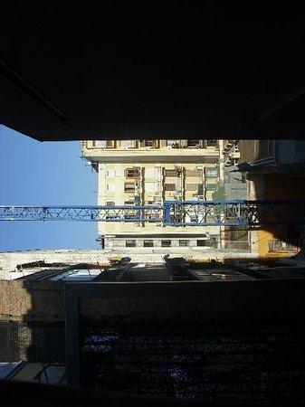 B-Hotel: autre vue de la fenêtre de la chambre, on ne s'en lasse pas