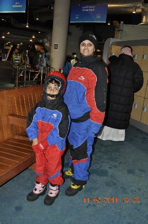 Ski Dubai: Protective gear