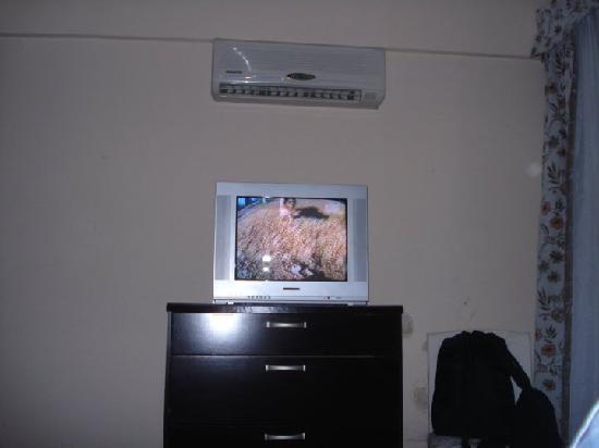 Hotel Beltran: habitaciones con aire y cable