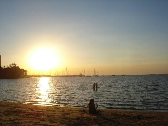 Hotel Beltran: atardecer desde la playa