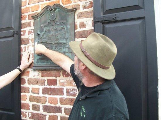Black Cat Tours : Mark Jones - Historic Battery Tour.