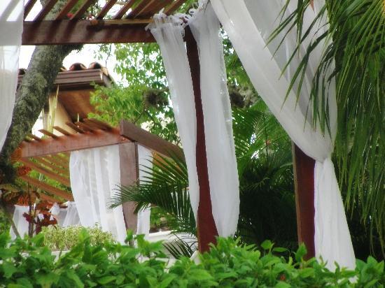 Pousada Casa Buzios: Bangalôs do lounge da piscina