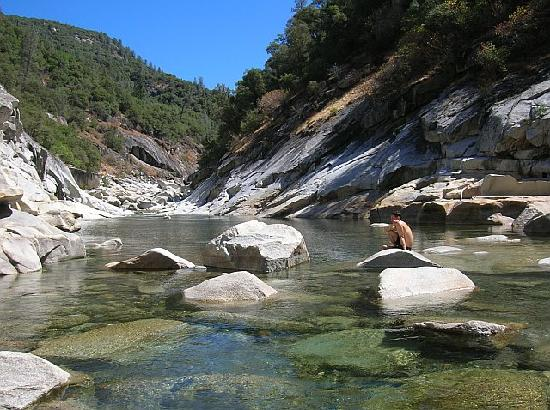Nevada City, Californien: at the south yuba river near the Outside Inn
