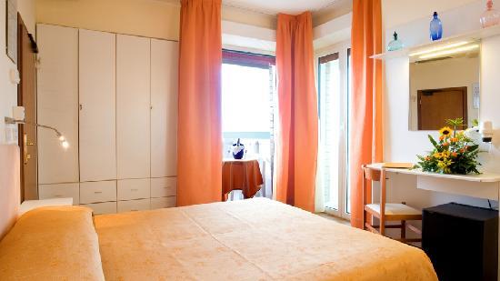 Marotta, Italy: Una camera Madreperla