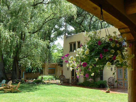 Beautiful courtyards picture of hacienda del sol taos for Better homes and gardens courtyard ideas