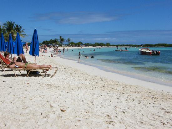 St Martin / St Maarten: Le Gallion Beach, north coast