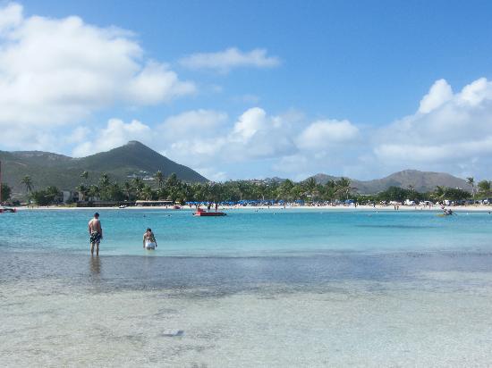 St Martin / St Maarten: Looking back on Le Gallion Beach