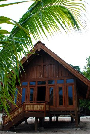 Wangi Wangi Island, Indonesia: Executive Bungalow at Patuno Resort Wakatobi