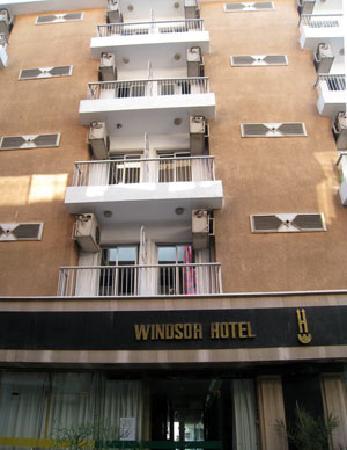 New Windsor Hotel: ウインザーホテルのツインの部屋