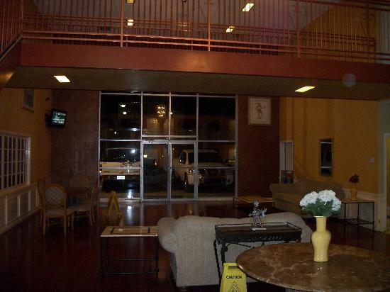 Econo Lodge Pecos : Lobby