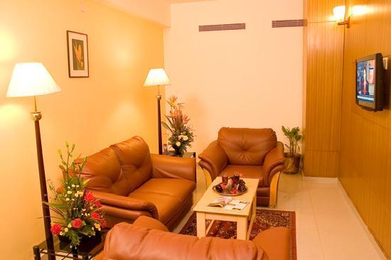 Ramanashree Brunton Road: Living Room