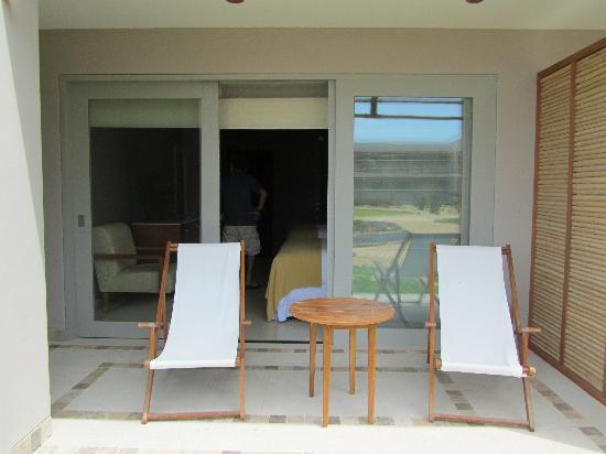 DoubleTree Resort by Hilton Hotel Paracas : patio door view in