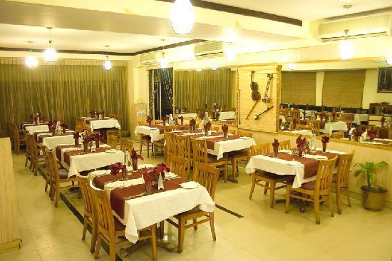 Ramanashree Brunton Road: Restaurant