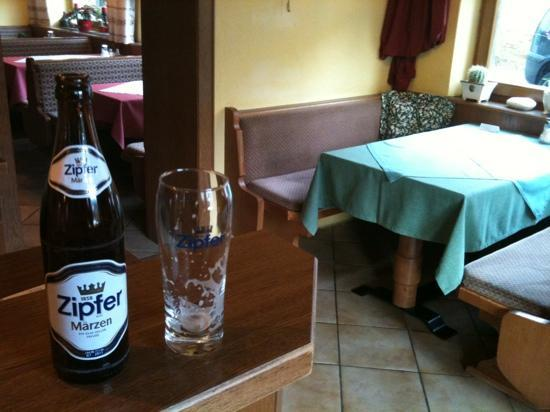 Waldrand: Zipfer beer ok!