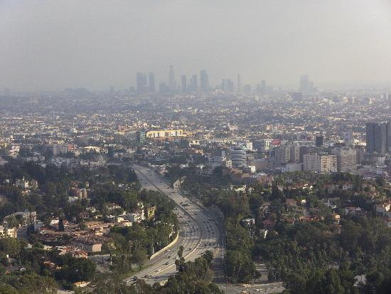 ‪بيفرلي هيلز, كاليفورنيا: View of Downtown LA (Mulholland Drive)‬