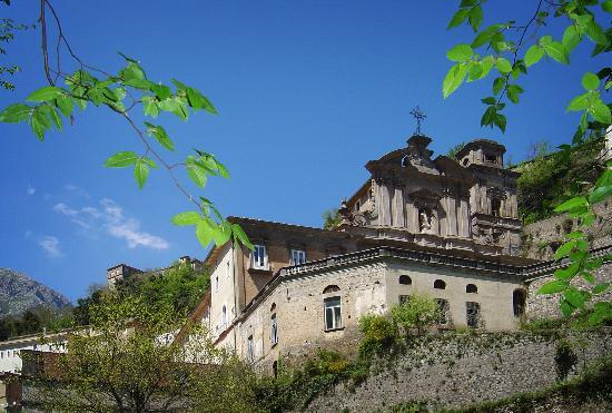Cava De' Tirreni, Italien: l'Abbazia Benedettina dalla Frestola