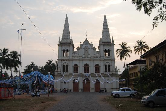 Tea Bungalow: One of the many churches arounf Fort Kochi