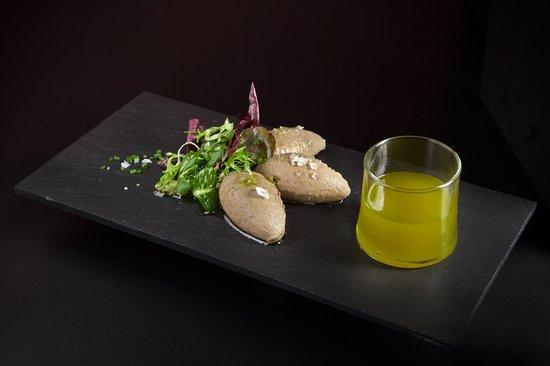 ANTIQUE Restaurante y Tapas : Paté de Perdiz con Mermelada de Aceite Picual