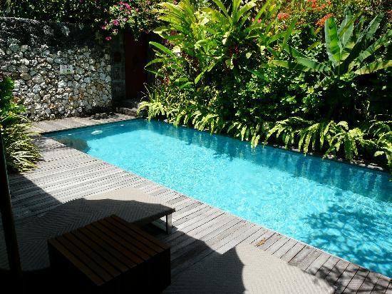 Notre piscine priv e photo de the pavilions bali sanur for Sejour piscine privee