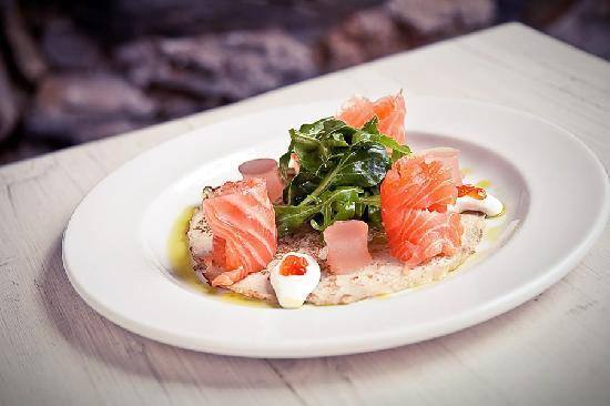 Savoy Cabbage: Mouth-Watering Salmon
