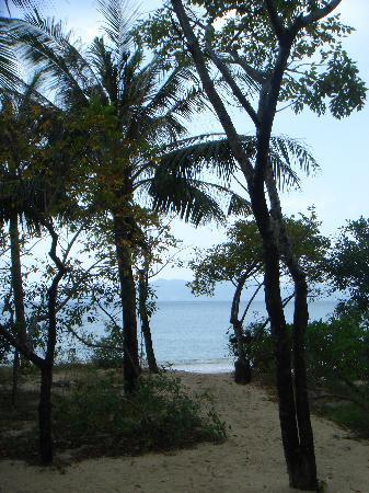 Six Senses Ninh Van Bay : View to the beach from Villa 19