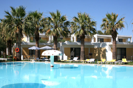 Alex Beach Hotel: Bungalows