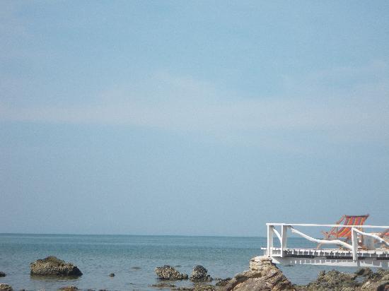 Ko Jum, Thailand: la mer au premier plan