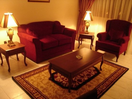 Ivory Hotel Apartments, Abu Dhabi: Hall - 1BR apartment