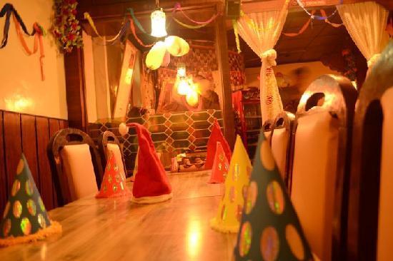 Lhasa Restaurant: Christmas Eve