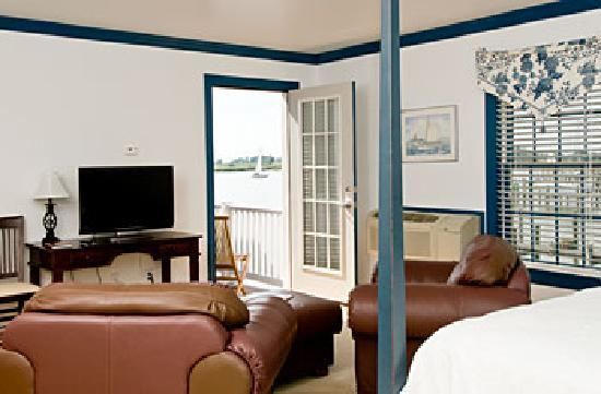 """The Inn at Osprey Point: """"Foreward"""" is located at the Osprey Annex and has a private balcony with a Chesapeake Bay view"""