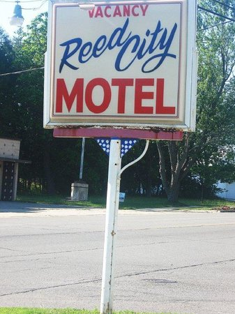 Reed City Motel.