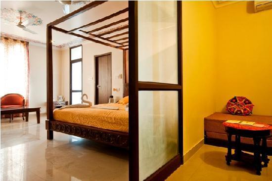 Prime Maya Niwas Jaipur Rajasthan Hotel Reviews Photos Rate Download Free Architecture Designs Itiscsunscenecom
