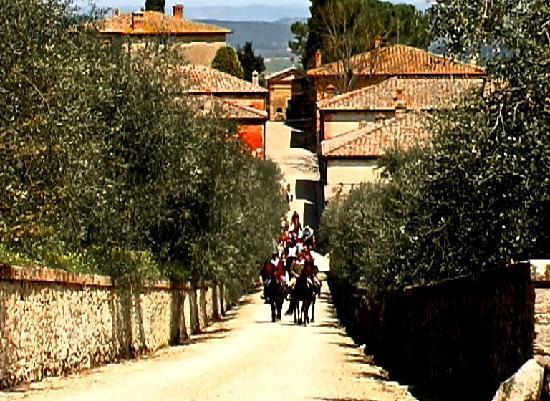 Siena Horse Riding: i borghi
