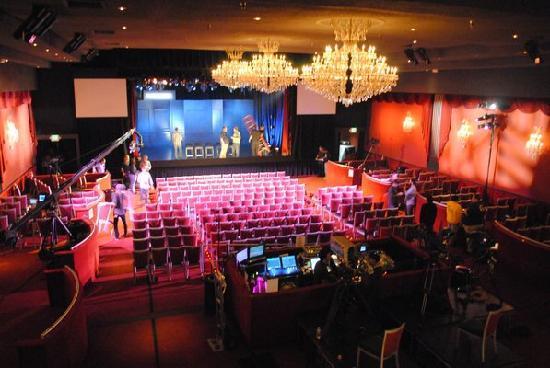El Rey Theater : Prepping the El Rey