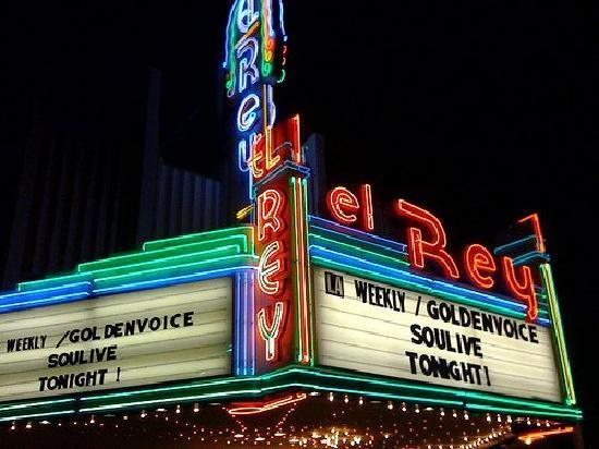 El Rey Theater : Great crowd!